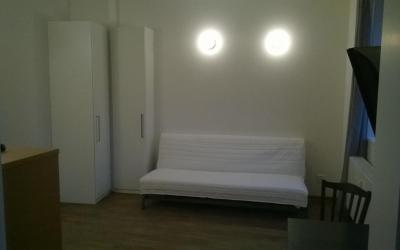 obývací pokoj, skříň, pohovka