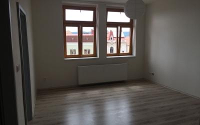 obývací prostor s výhledem
